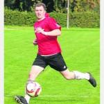 Spielt diesmal in Grün/Weiß: Christoph Reuter trug noch vor eineinhalb Jahren das TuSpo-Trikot. Morgen trifft er mit Immenhausen auf seinen Ex-Klub.
